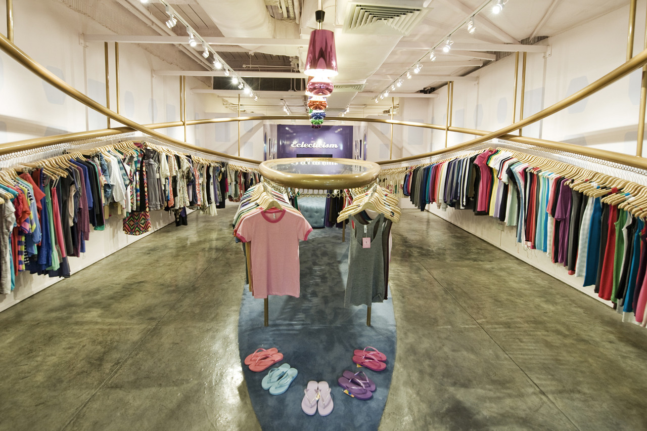 Tienda Eclecticism / HJGHER, © Jovian Lim