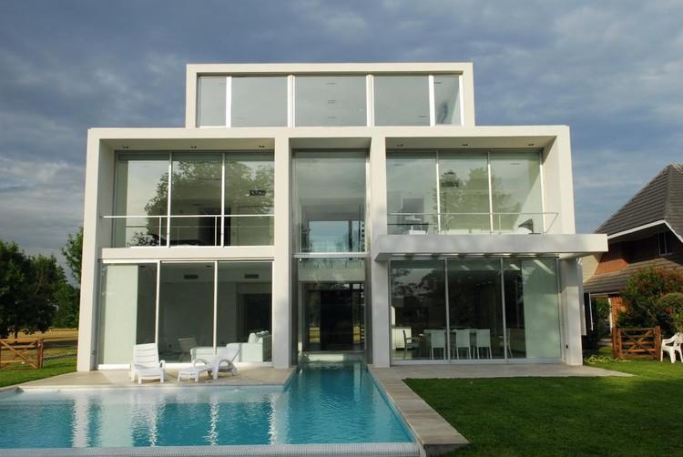 Casa DMM / Santiago Cordeyro Arquitectos, Cortesía de Santiago Cordeyro
