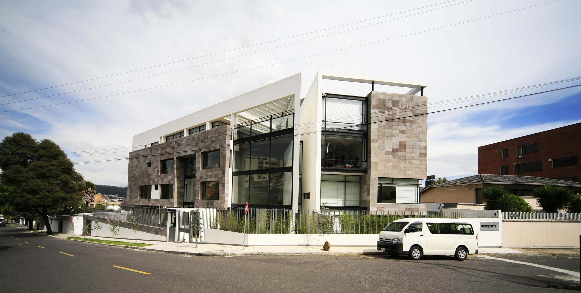 Edificio MZ / Diez + Muller Arquitectos, © Sebastián Crespo