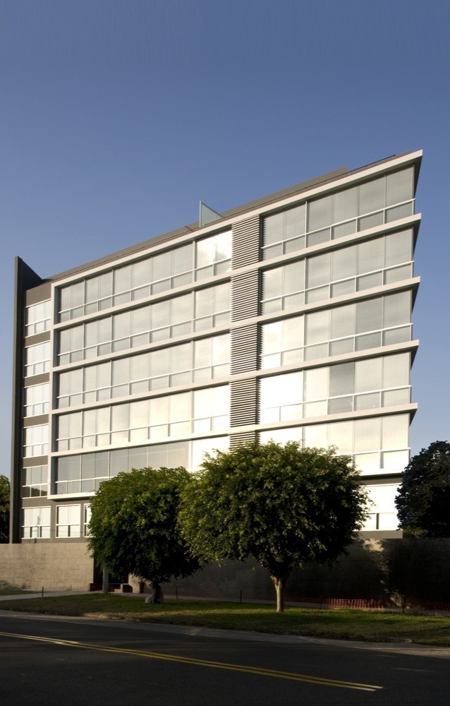 Edificio Costa Blanca / Artadi Arquitectos