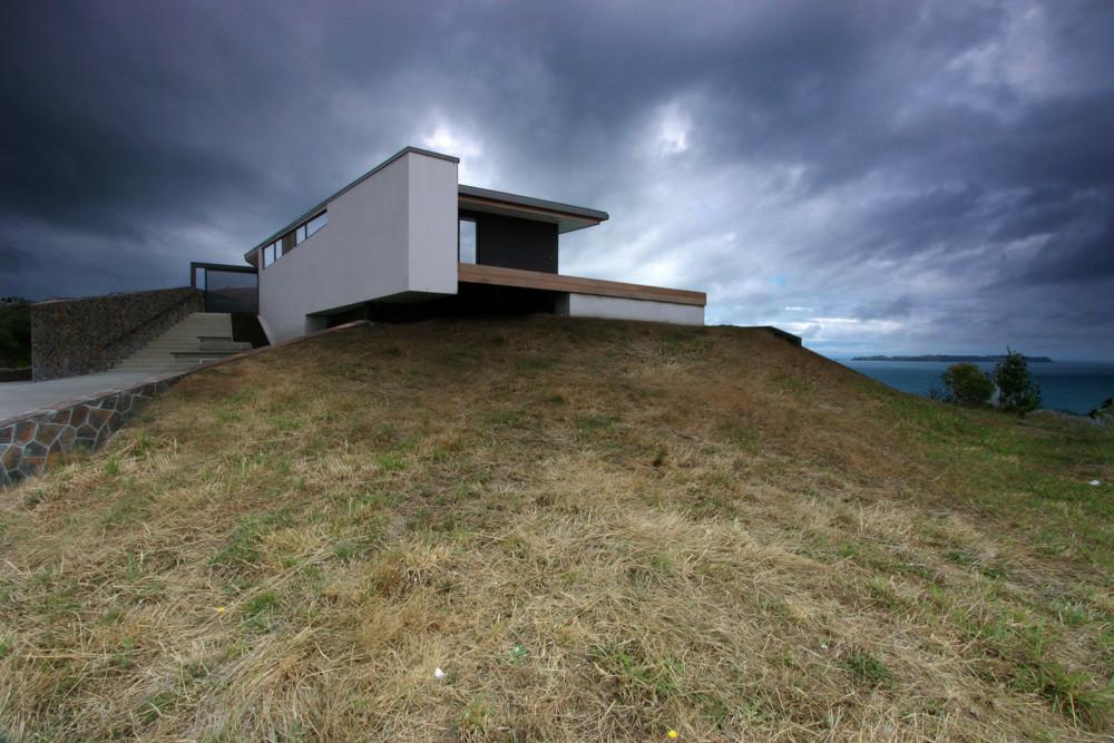 Korora House / Daniel Marshall Architects, © Ernie Shackles
