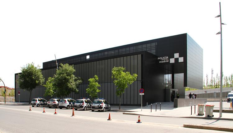 Centro de Policía Municipal Arganzuela, Madrid / Estudio Rubio & Álvarez-Sala, © Federíco Palazuelos Botella