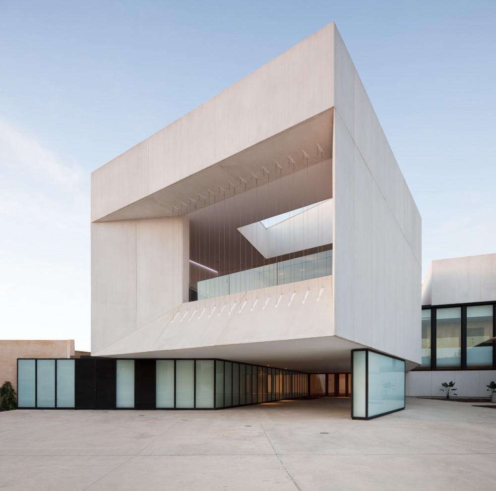 teatro almonte en huelva donaire arquitectos