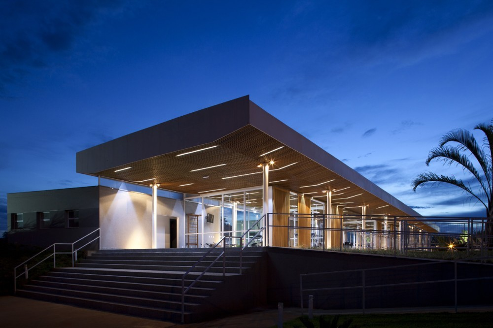 Club Alphaville en Piracicaba / FGMF Arquitetos, © Fran Parente