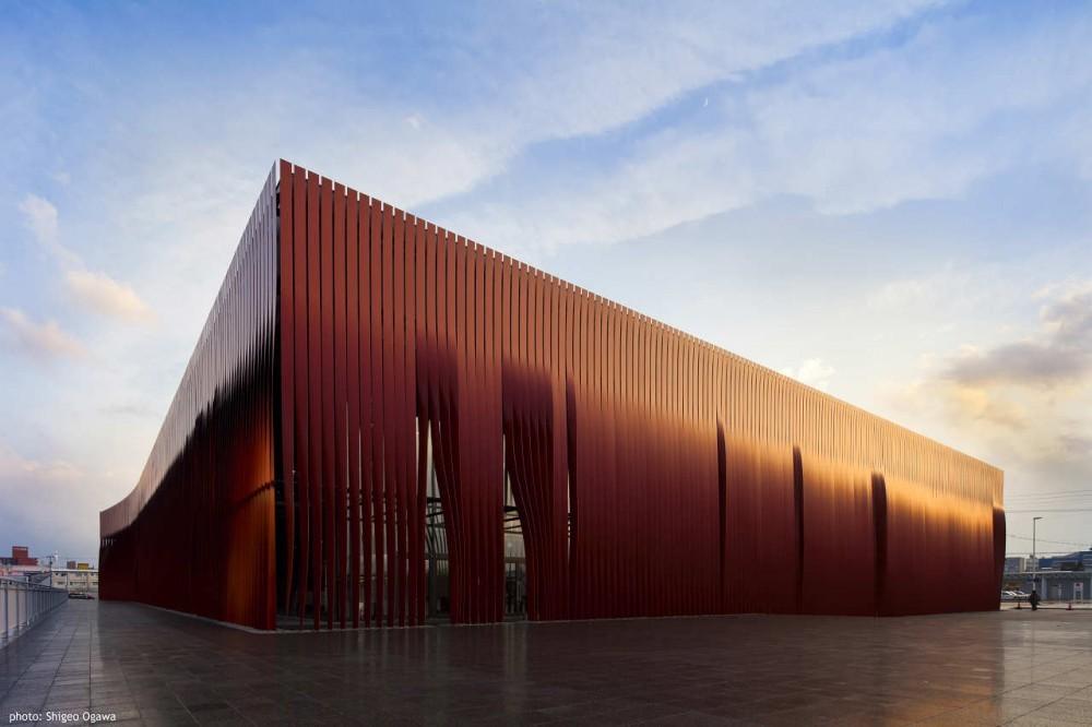 Nebuta-no-ie Warasse / Molo + Frank La Riviere Architects, © Shigeo Ogawa