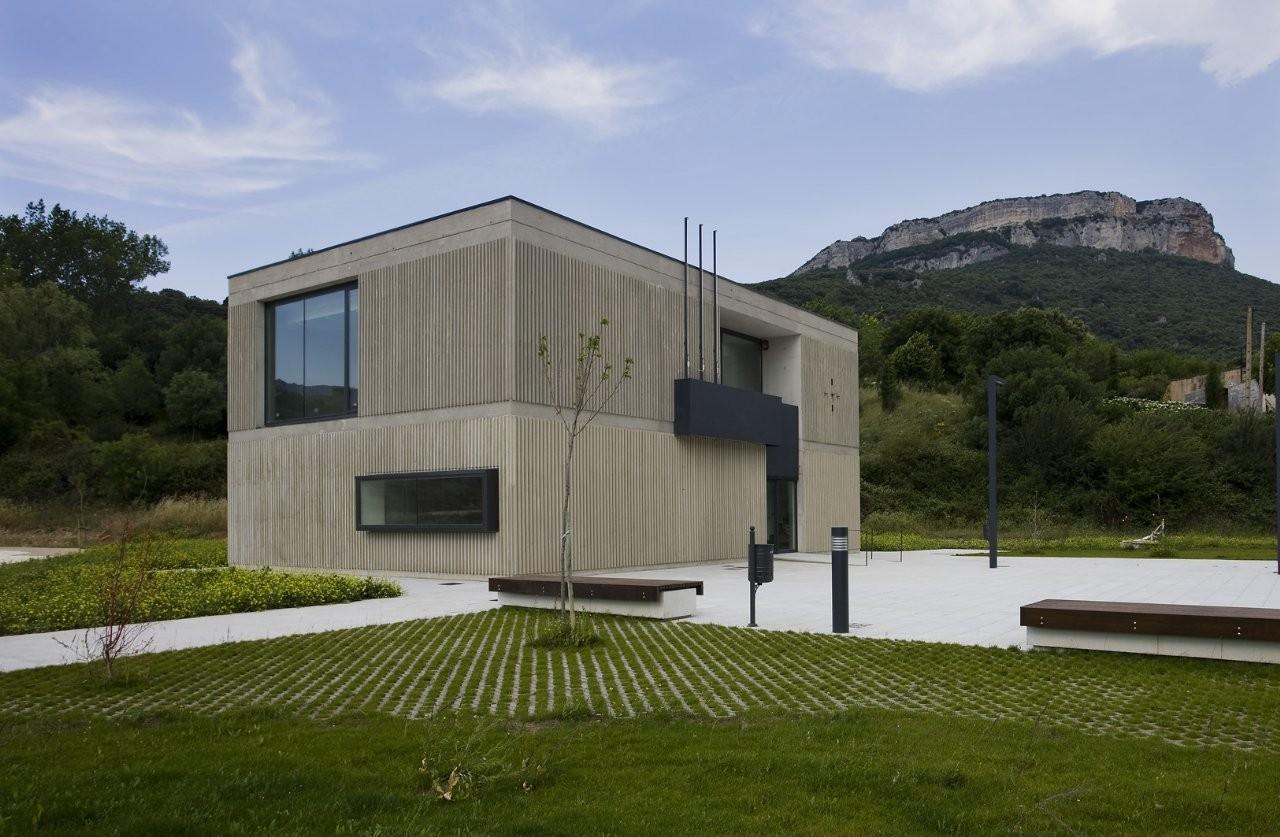 Casa Consistorial del Valle de Allín / Ekain Jiménez Valencia + Patxi Lapetra Iriarte, © Berta Buzunariz