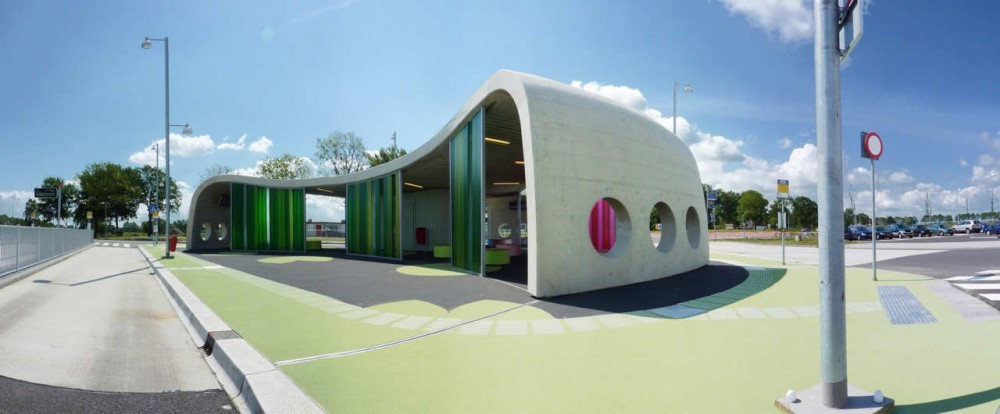 Sala de espera intermodal / LYVR, © Johan de Groot