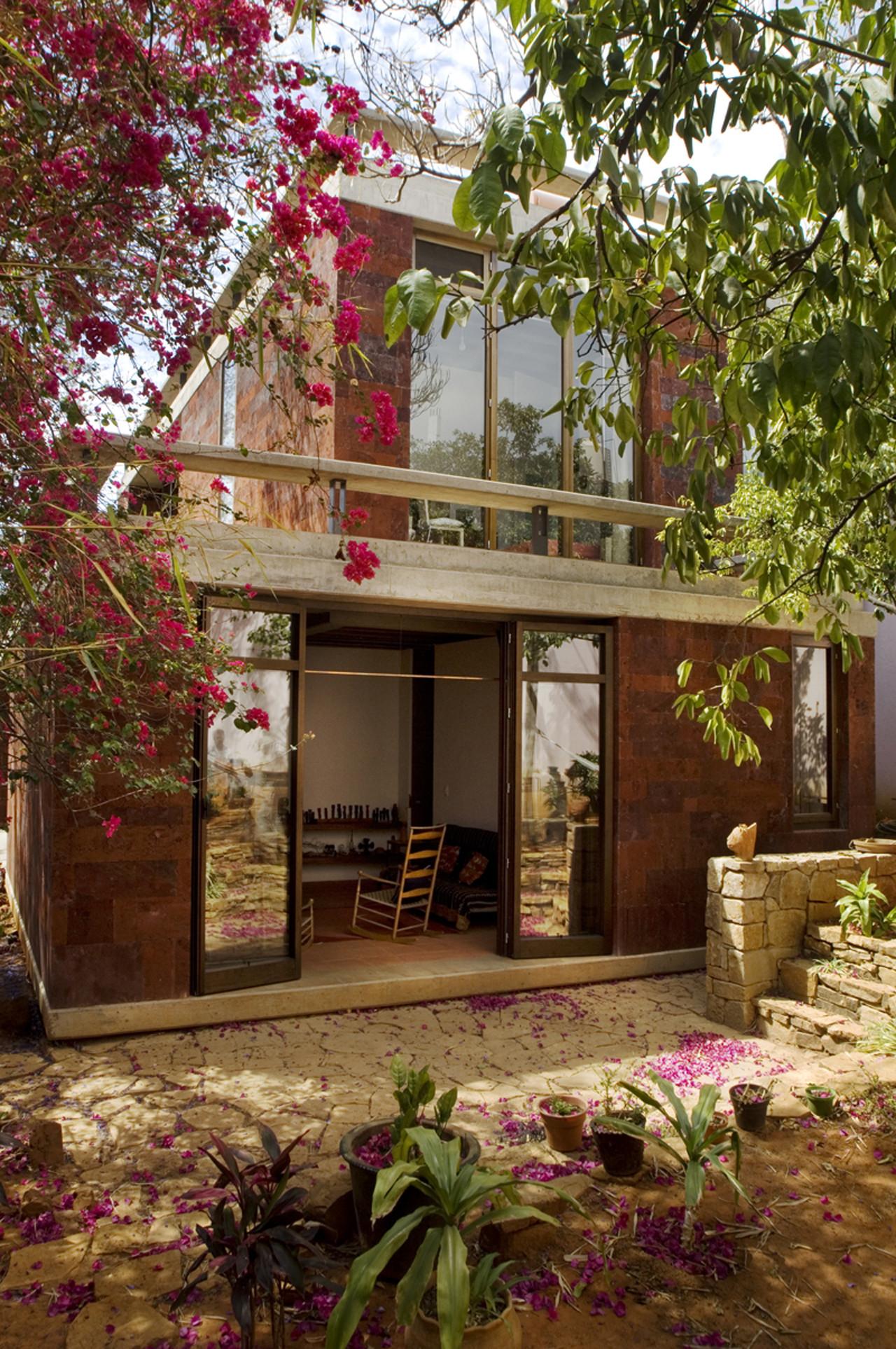 Casa estudio oaxaca taller de arquitectura mauricio for Estudio de arquitectura