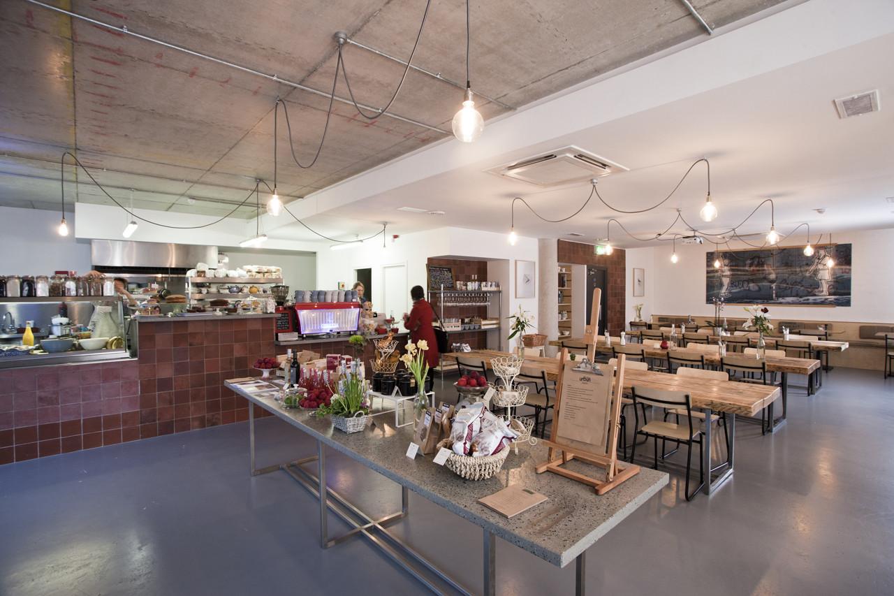 Urbun Café / abgc architects, © seanandyvette photography