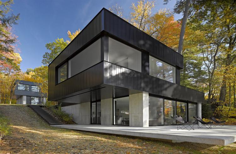Casa Cantilever Lake  / Birdseye Design, © Westphalen Photography