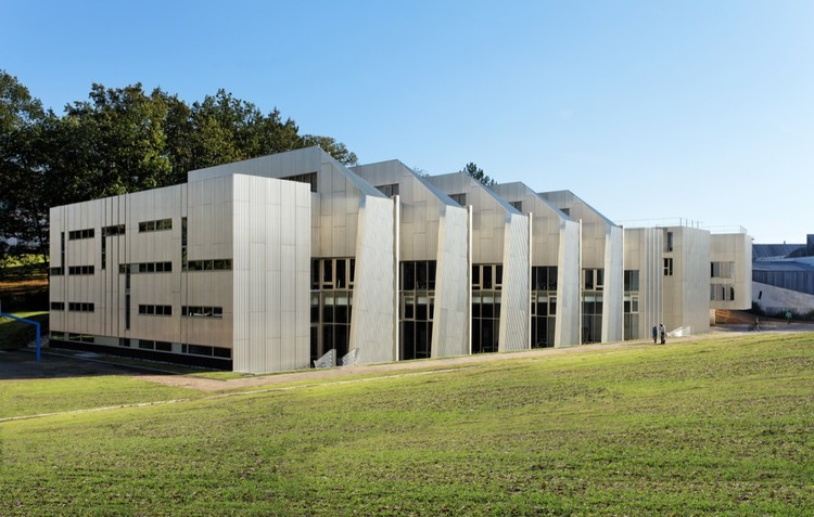 University Of Versailles Science Library / Badia Berger Architectes, © David Boureau