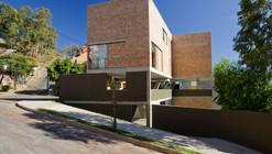 Studio Terra240 / Arquitetos Associados