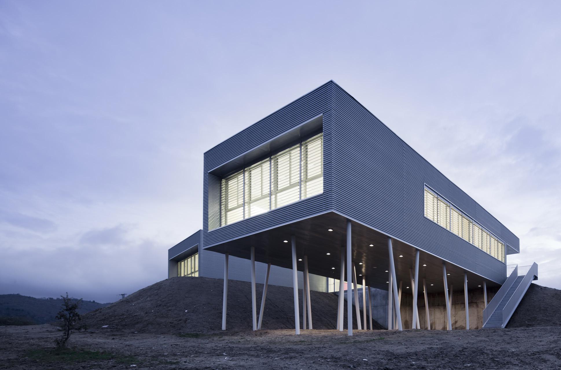 Mirador School / BmasC Arquitectos, © Miguel de Guzmán