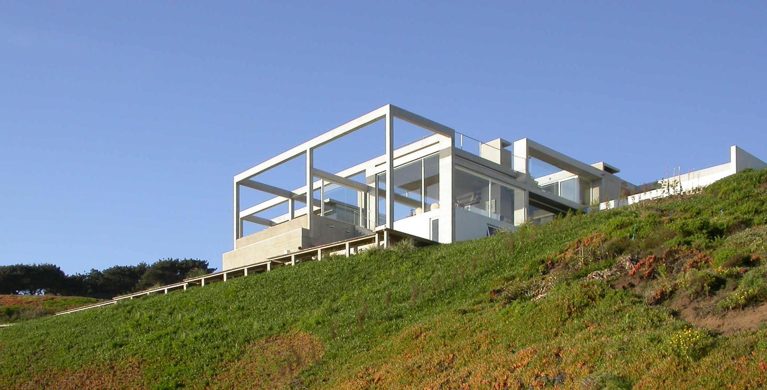 Casa de descanso en Cachagua / Schmidt Arquitectos