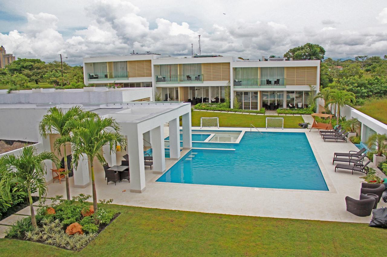 Residencia Playa Vida / Casis Arquitectos, © Gonzalo Casís