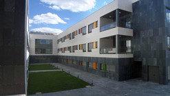 Residencia para Mayores en Mota del Cuervo (Cuenca) / GEED Arquitectos