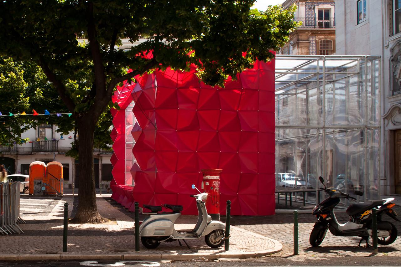 Instalación Party Animal / LIKE Architects + Diogo Aguiar + Teresa Otto, © Francisco Nogueira