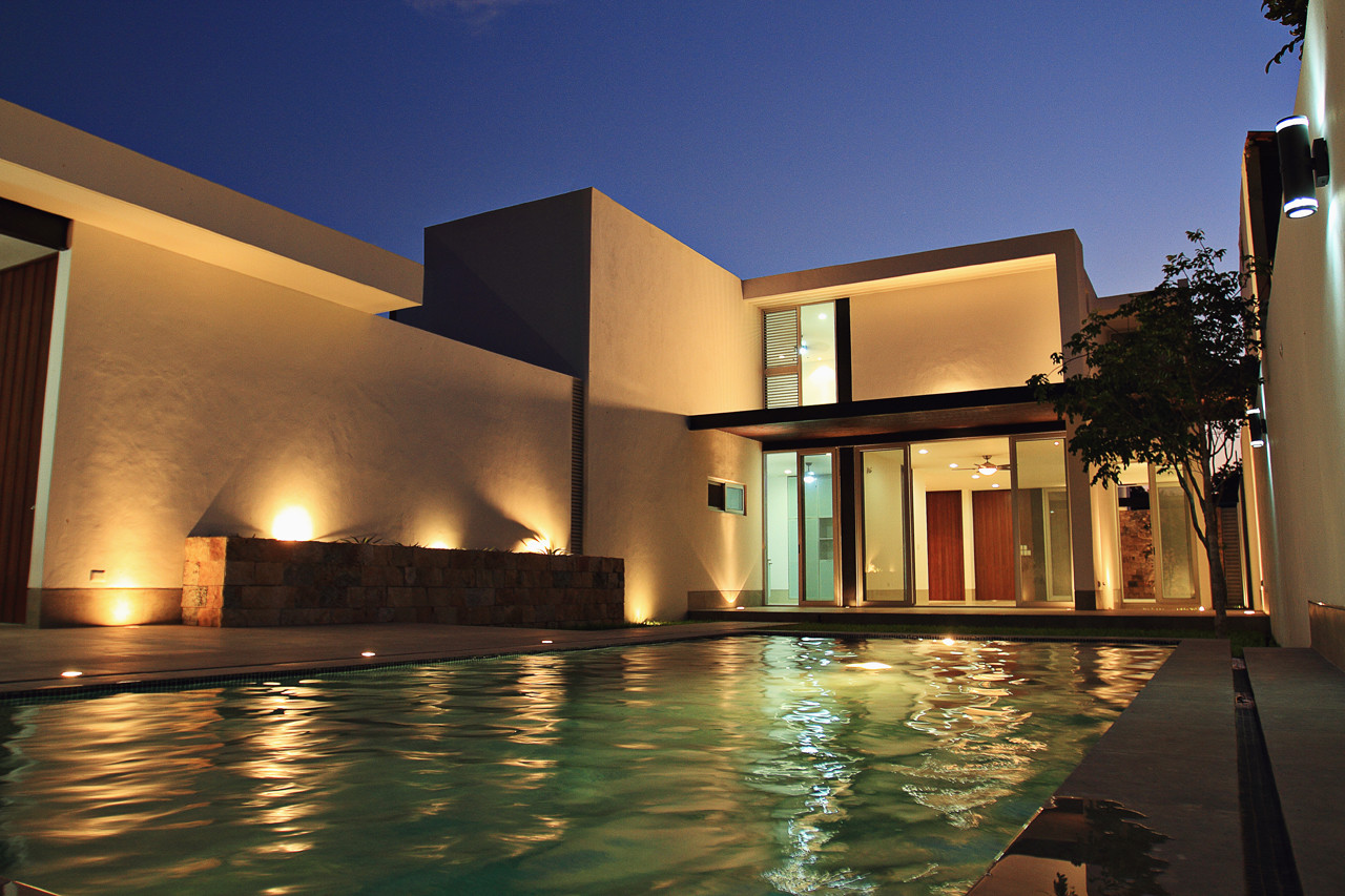 Casa emiliano punto arquitect nico plataforma arquitectura - Fachadas arquitectura ...