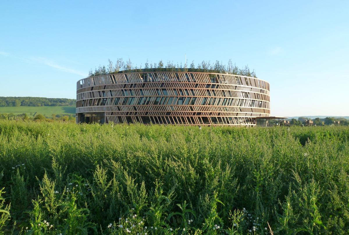 Centro de Visitantes, Museo Alésia / Bernard Tschumi Architects, Cortesia de Bernard Tschumi Architects