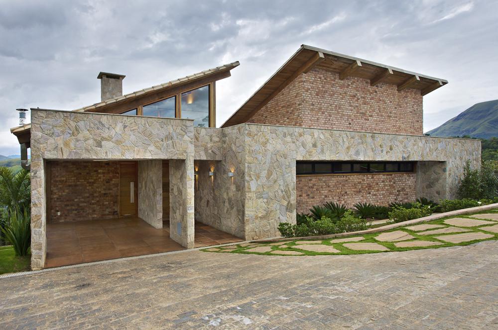 Casa en la Montaña / David Guerra Arquitectura e Interior, © Jomar Bragança