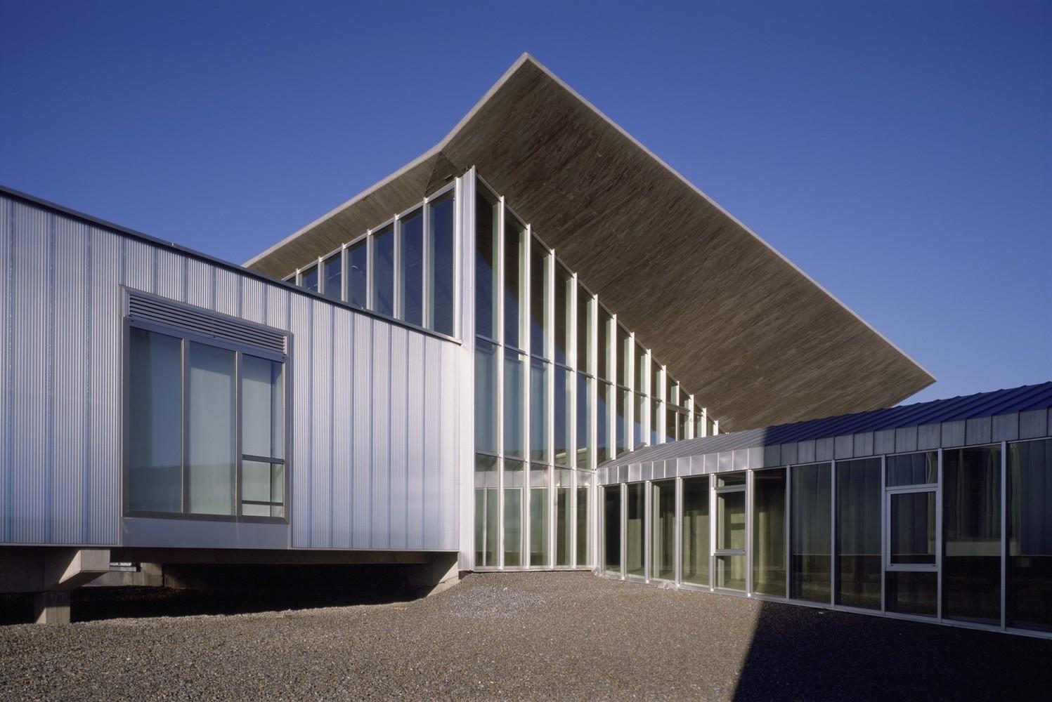 Edificio de Laboratorios CIALE / Canvas Arquitectos