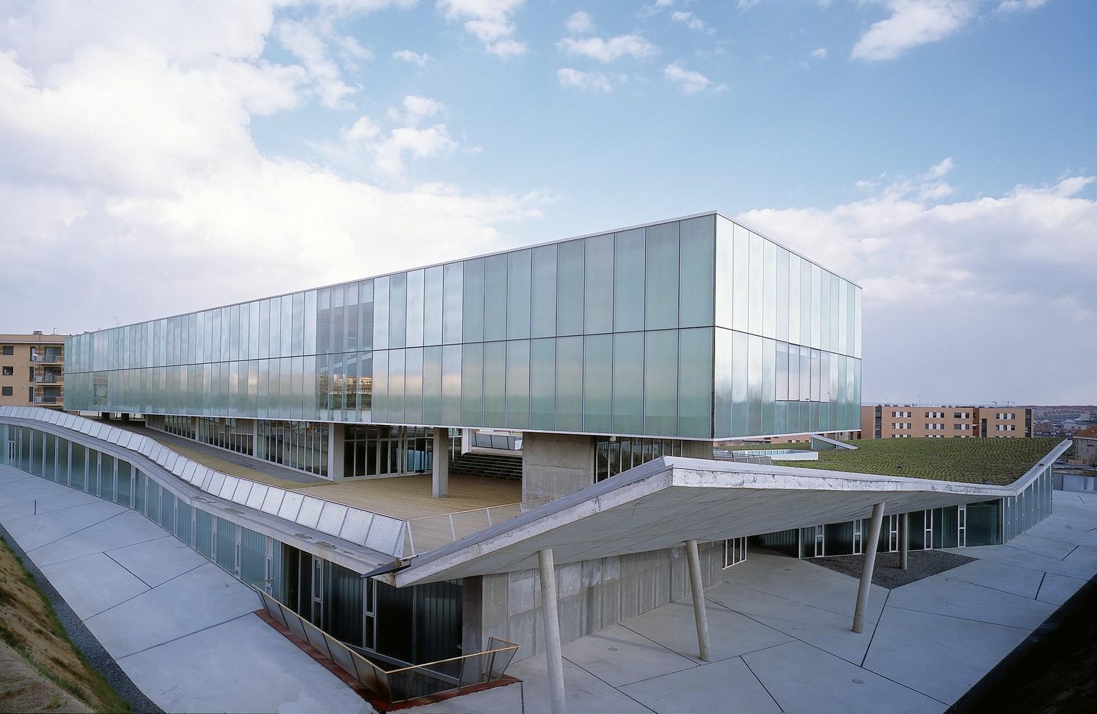 Instituto de neurociencias de castilla y le n canvas for Arquitectura de proyectos