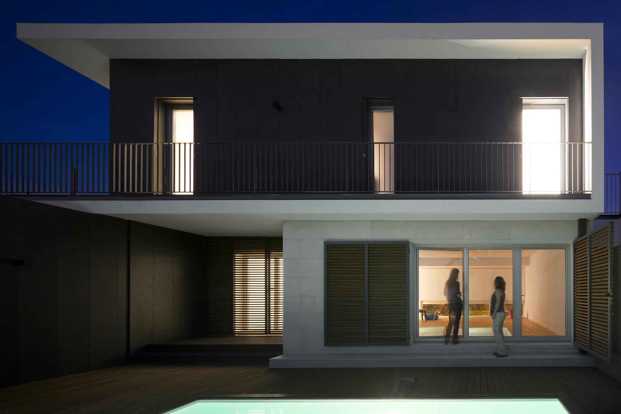 Houses in Setubal / OW arquitectos