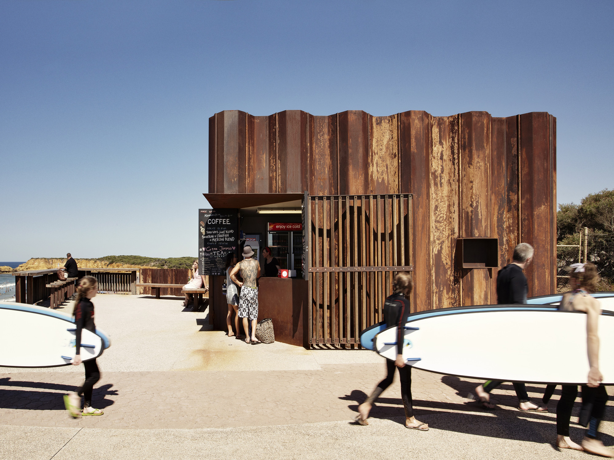 Third wave kiosk tony hobba architects archdaily for Architecture kiosk design