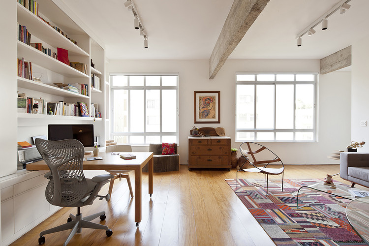 Apartamento YN / a:m studio de arquitetura, © Maíra Acayaba