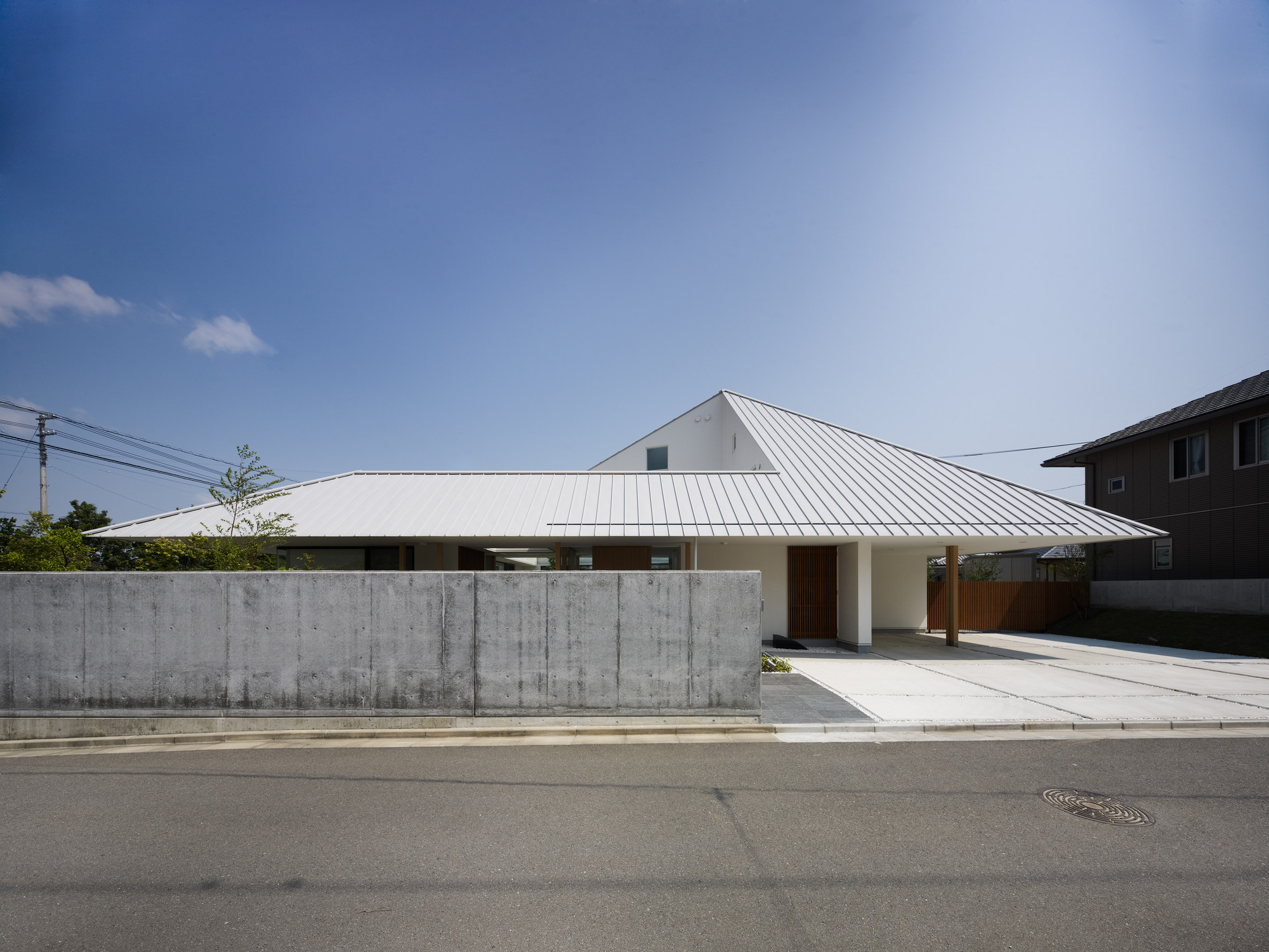 House in Sanbonmatsu / Hironaka Ogawa