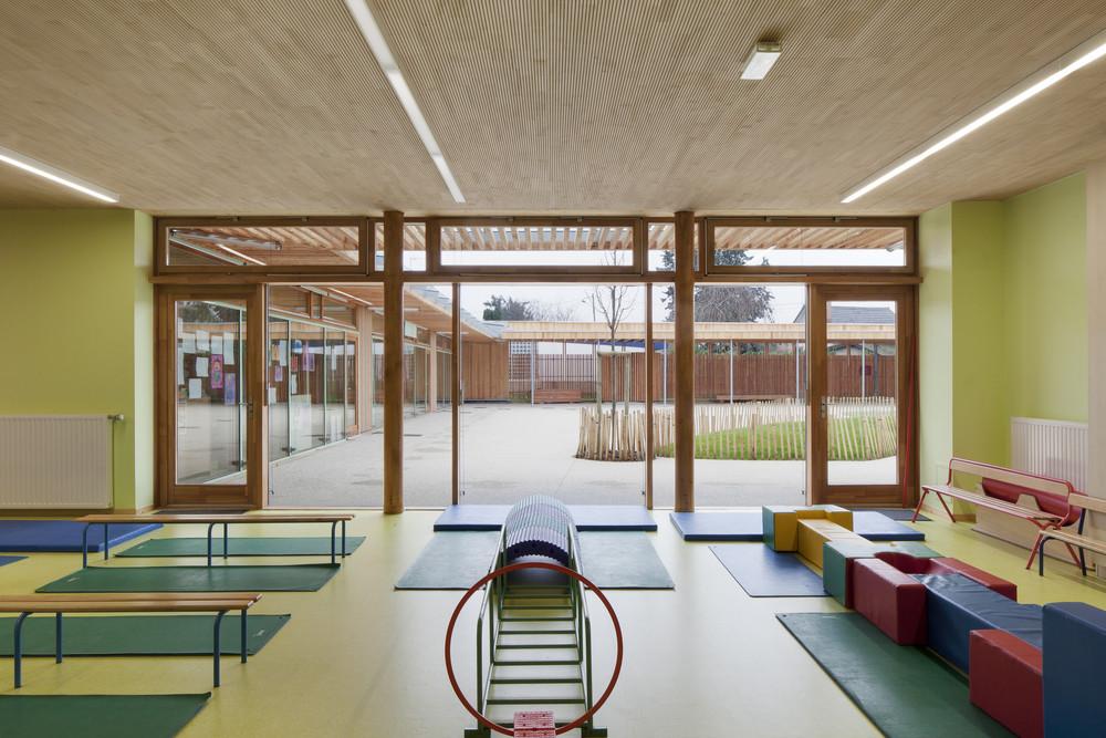 galeria de groupe scolaire pasteur r2k architectes 8. Black Bedroom Furniture Sets. Home Design Ideas