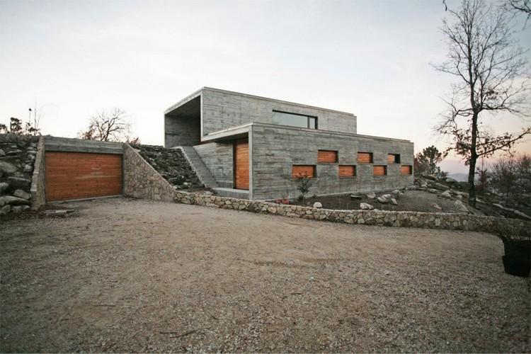 Casa Ladeira en Serra de Freita / Oficina d'Arquitectura, Cortesía de Oficina d'Arquitectura