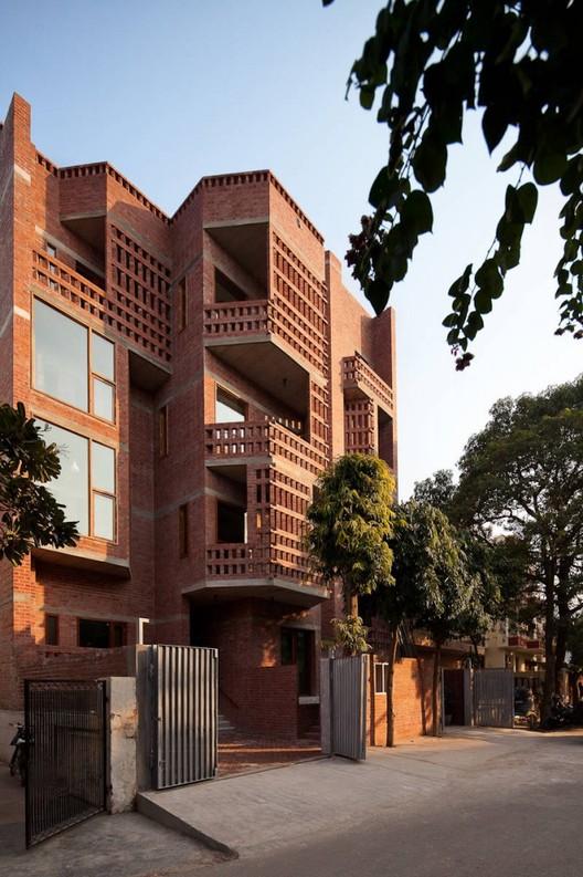 Edificio de Viviendas en Nueva Delhi / Vir.Mueller architects, © Andre J. Fanthome