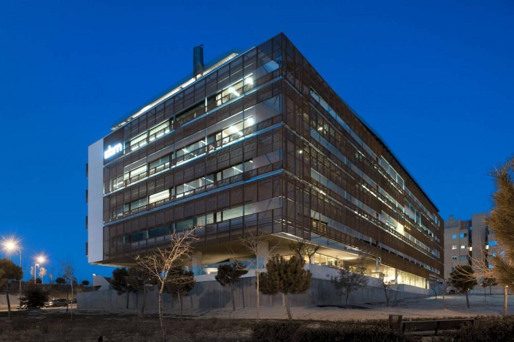 Oficinas idom de madrid acxt arquitectos plataforma for Oficinas de ing en madrid