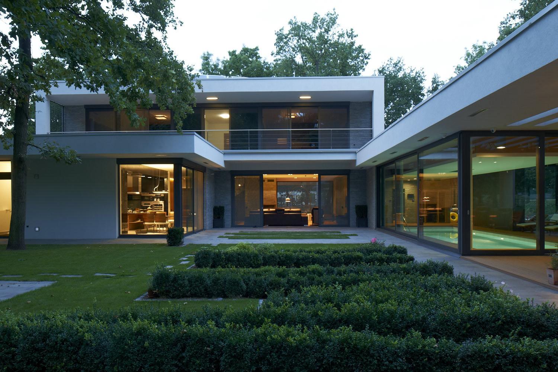 Vivienda en Fótliget / DÉR Architects, © Gábor Máté