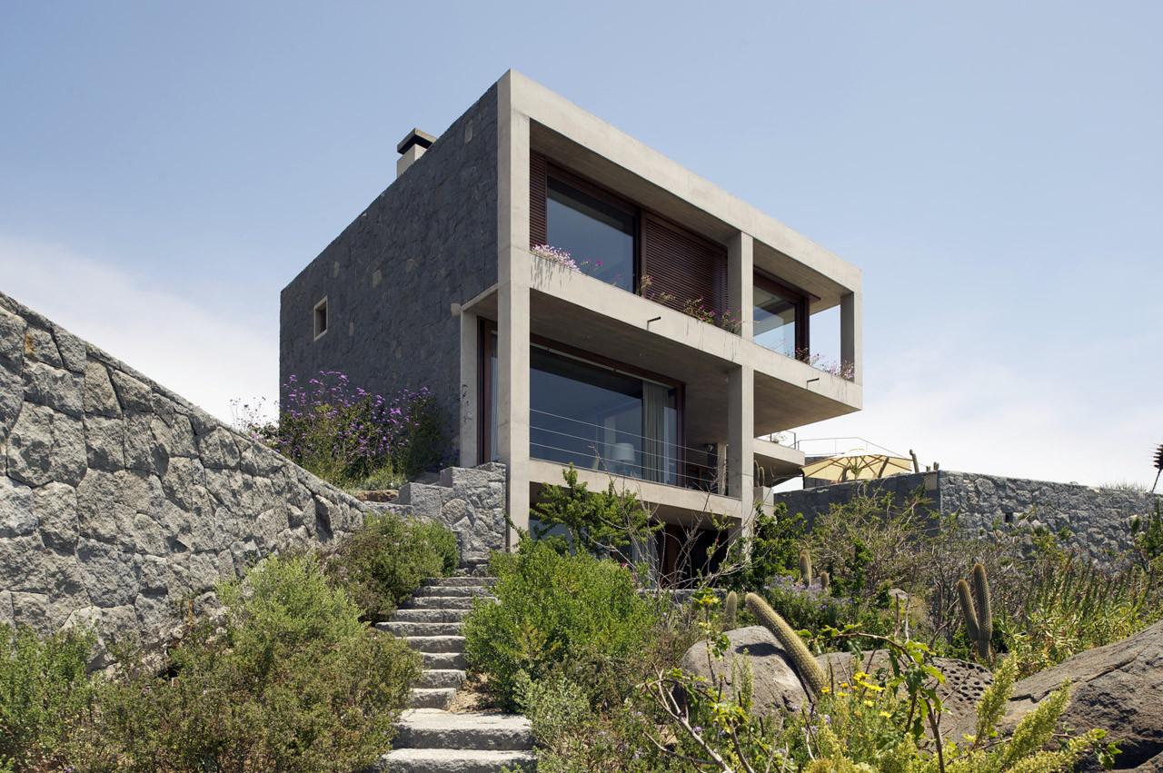 2 Casas en Punta Pite / Izquierdo Lehmann