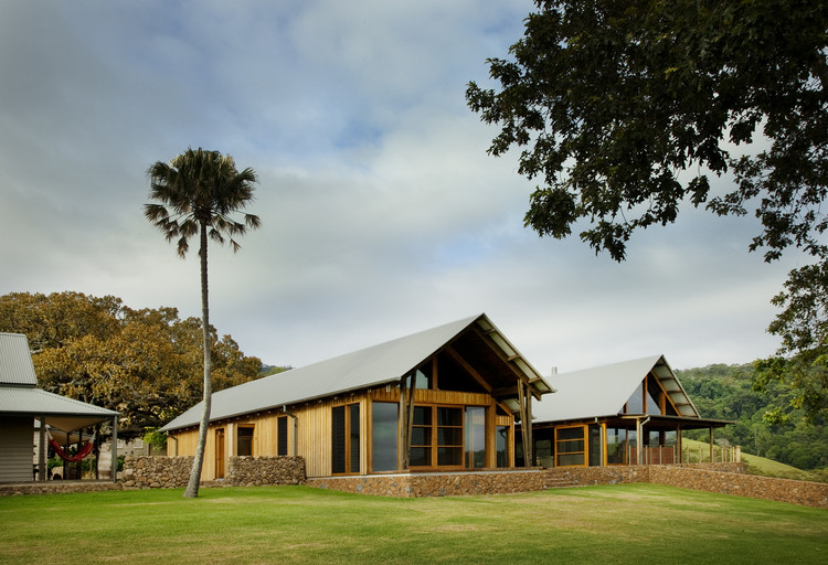 Casa de Campo Jamberoo / Casey Brown Architecture, © Patrick Bingham-Hall