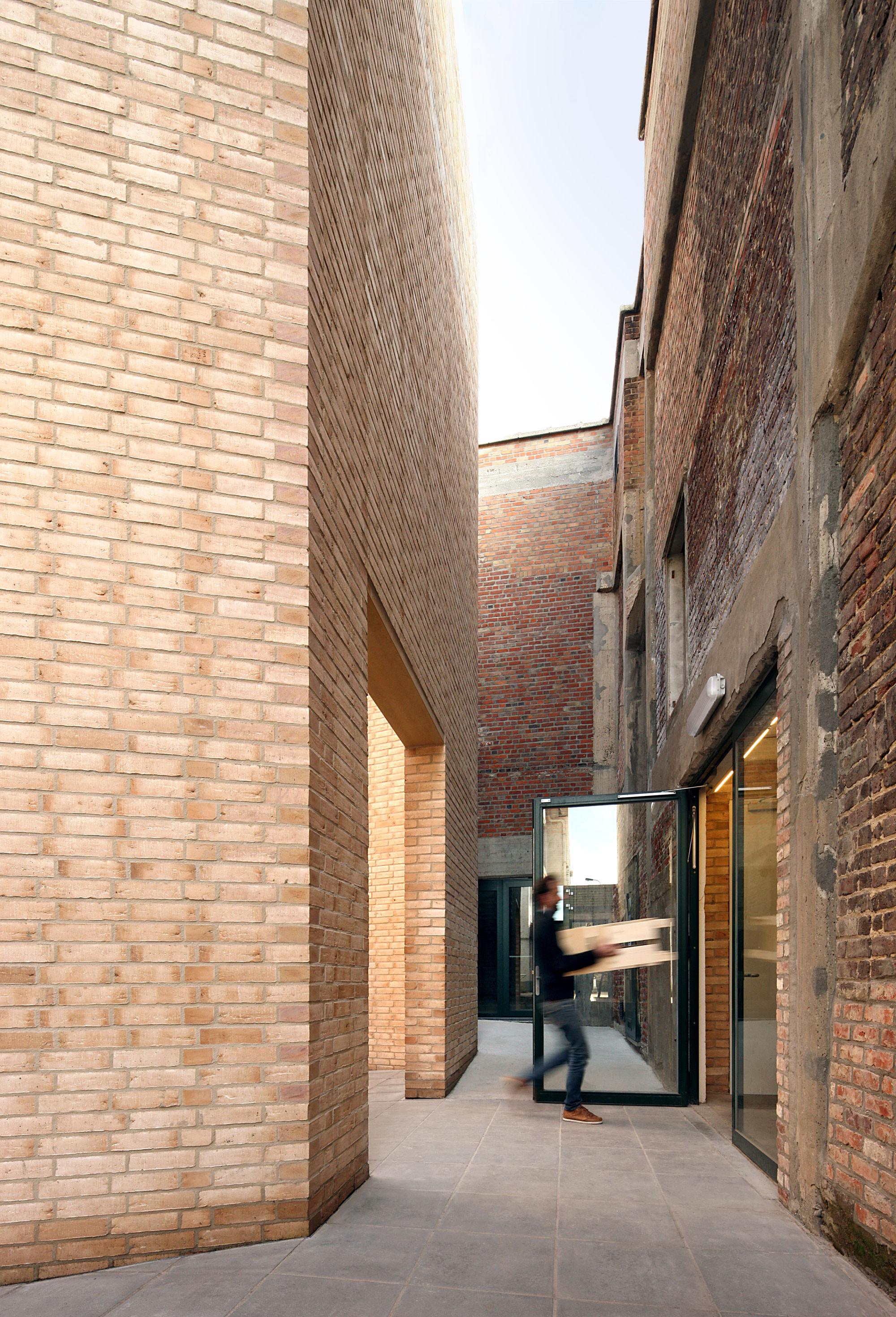 Gallery of buda art centre 51n4e 3 for Dujardin kortrijk