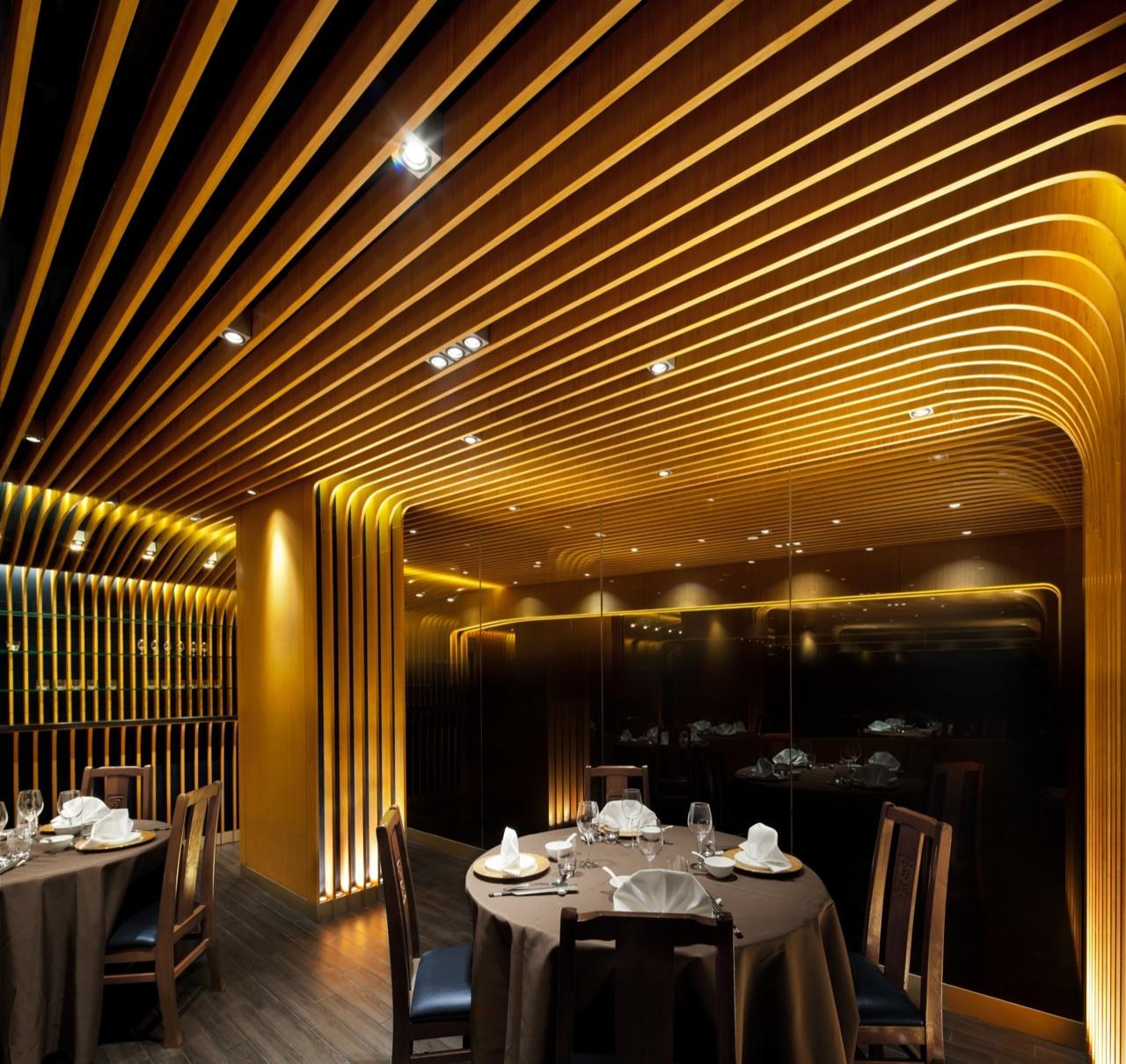 Roxy Hotel Restaurant