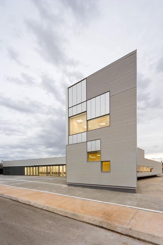 Centro de atención primaria / Josep Camps & Olga Felip, © Pedro Pegenaute