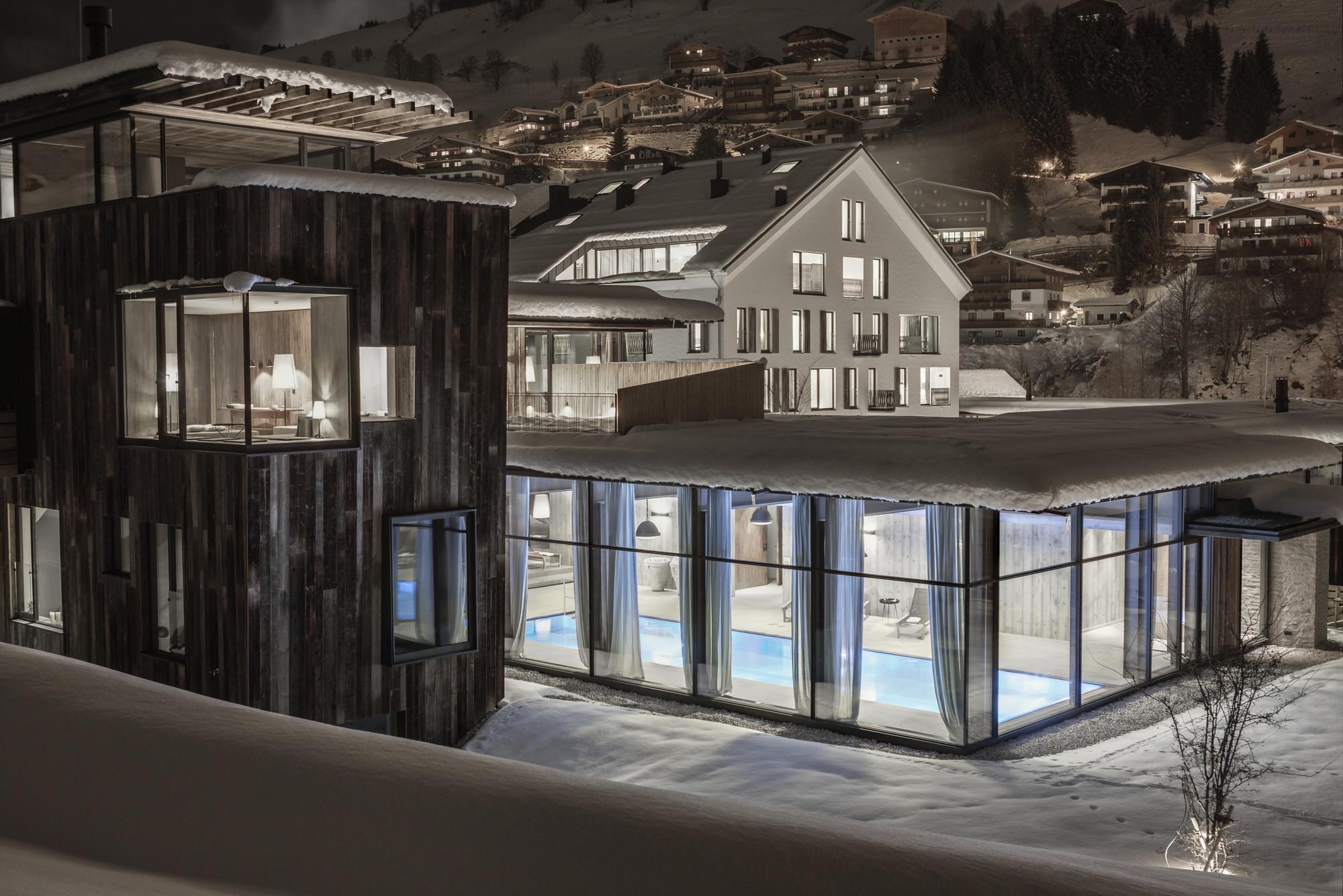 gallery of hotel wiesergut gogl architekten 1. Black Bedroom Furniture Sets. Home Design Ideas