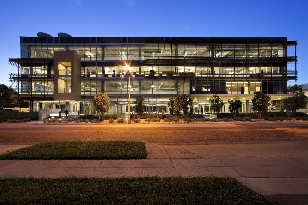Ehrlich Architects LEED Gold facility in California. © RMA Architectural Photographers