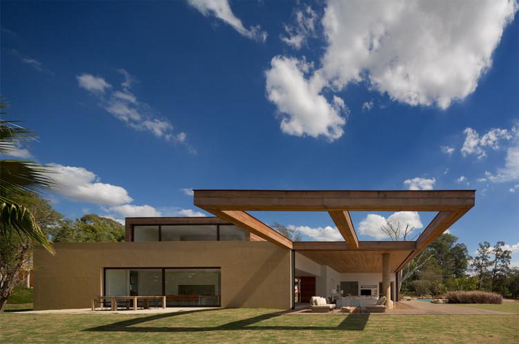 Casa Itu / Studio Arthur Casas, © Fernando Guerra | FG+SG