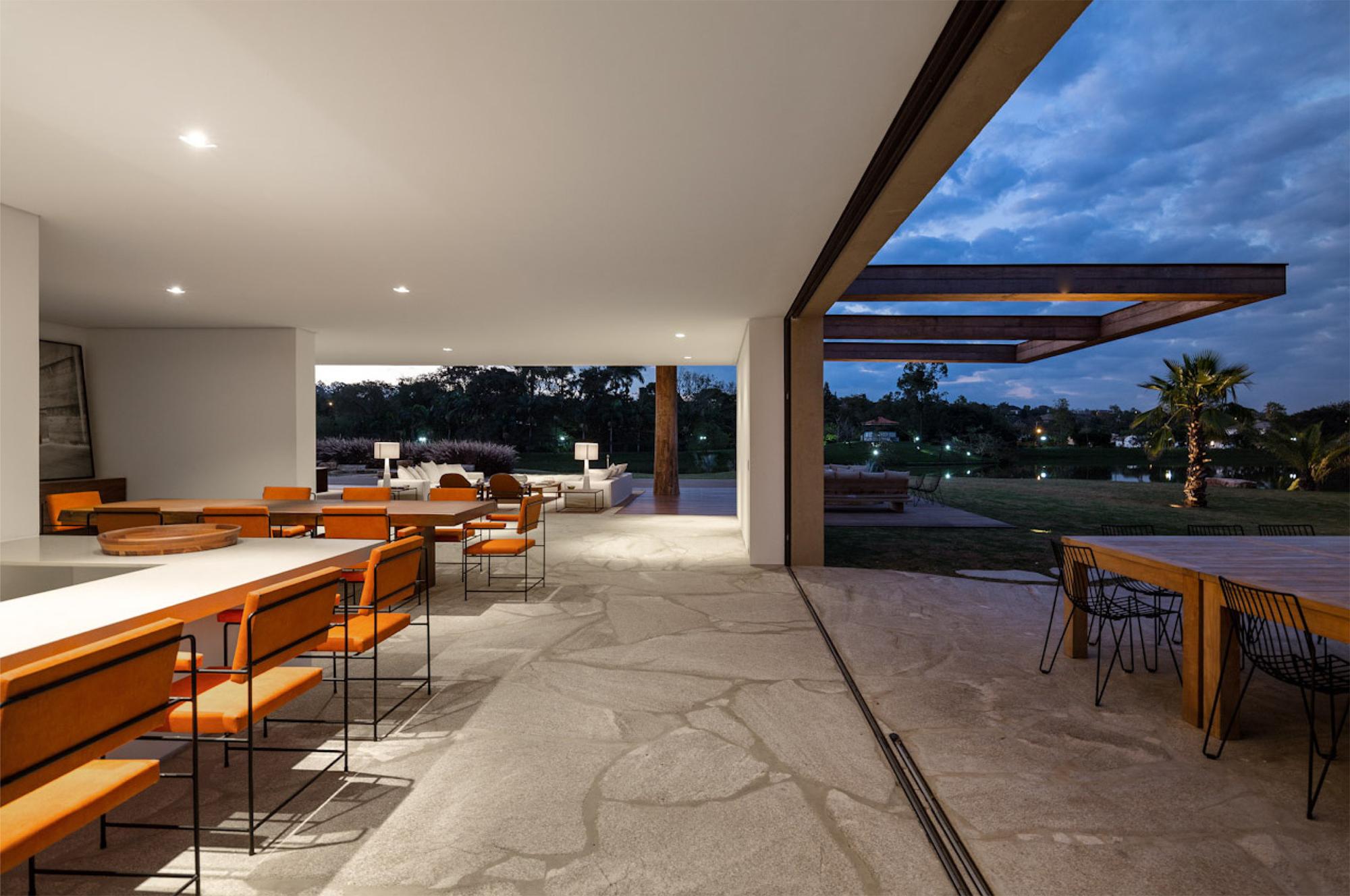 Gallery Of House In Itu Studio Arthur Casas Casa Design