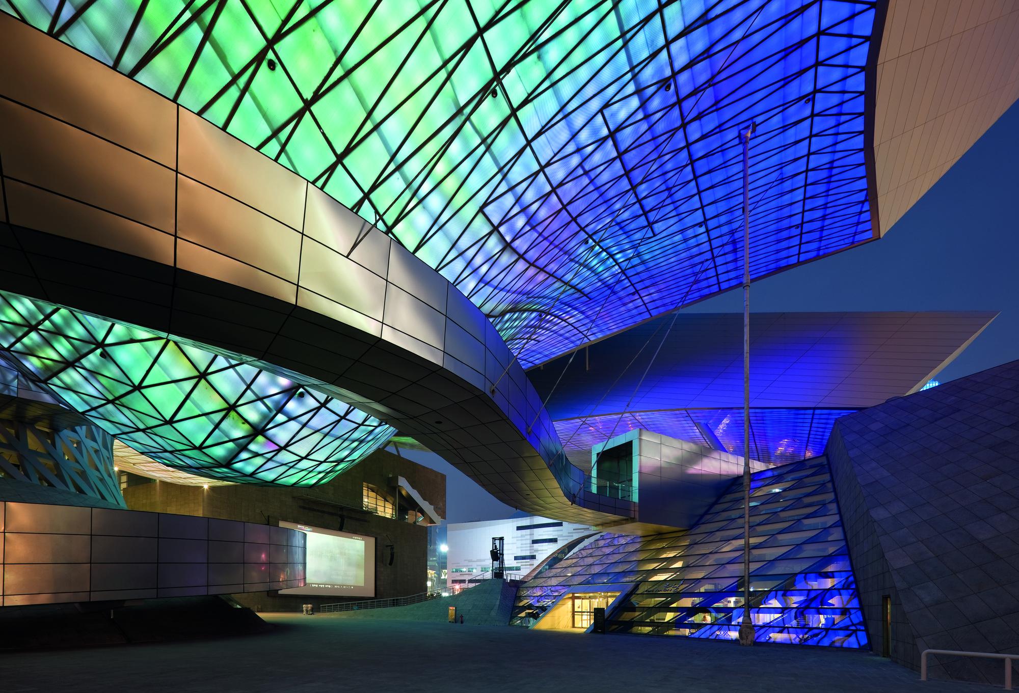 Cinema Center gallery of busan cinema center coop himmelb l au 19