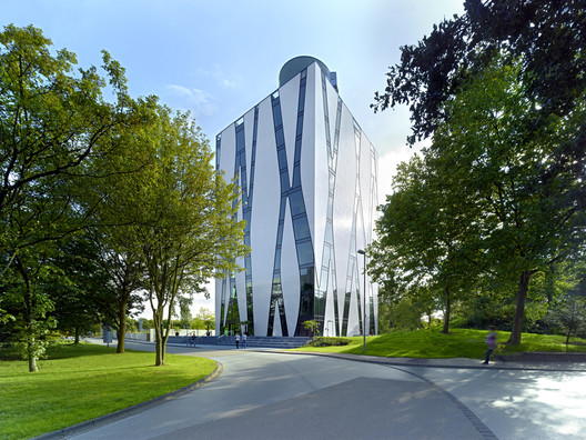Medical Library Oasis Hpp Architets Volker Weuthen
