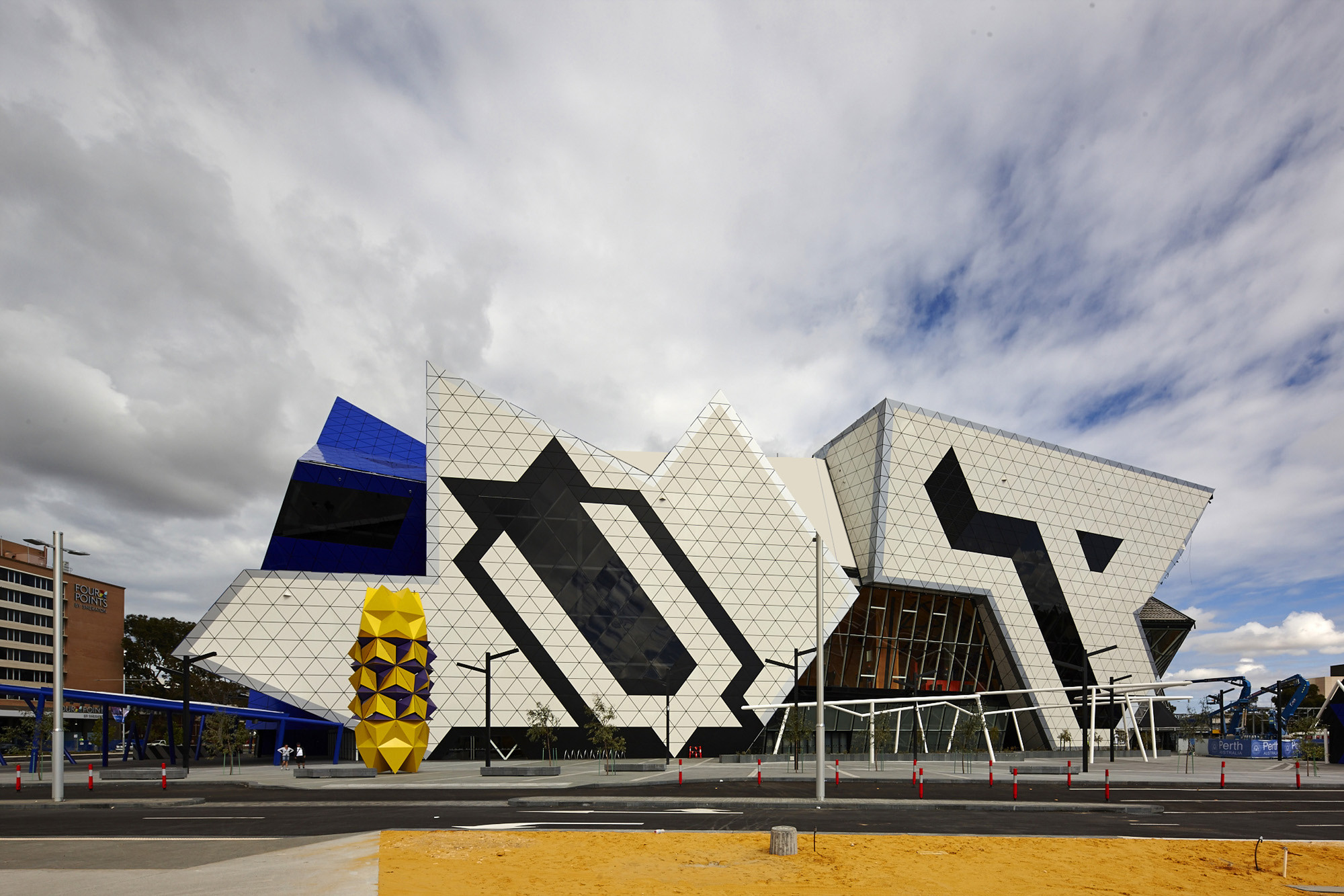 Gallery of perth arena arm architecture ccn 2 for Architecture firms perth