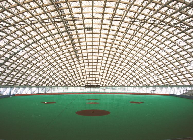 AD Classics: Odate Dome / Toyo Ito & Associates, © Mikio Kamaya