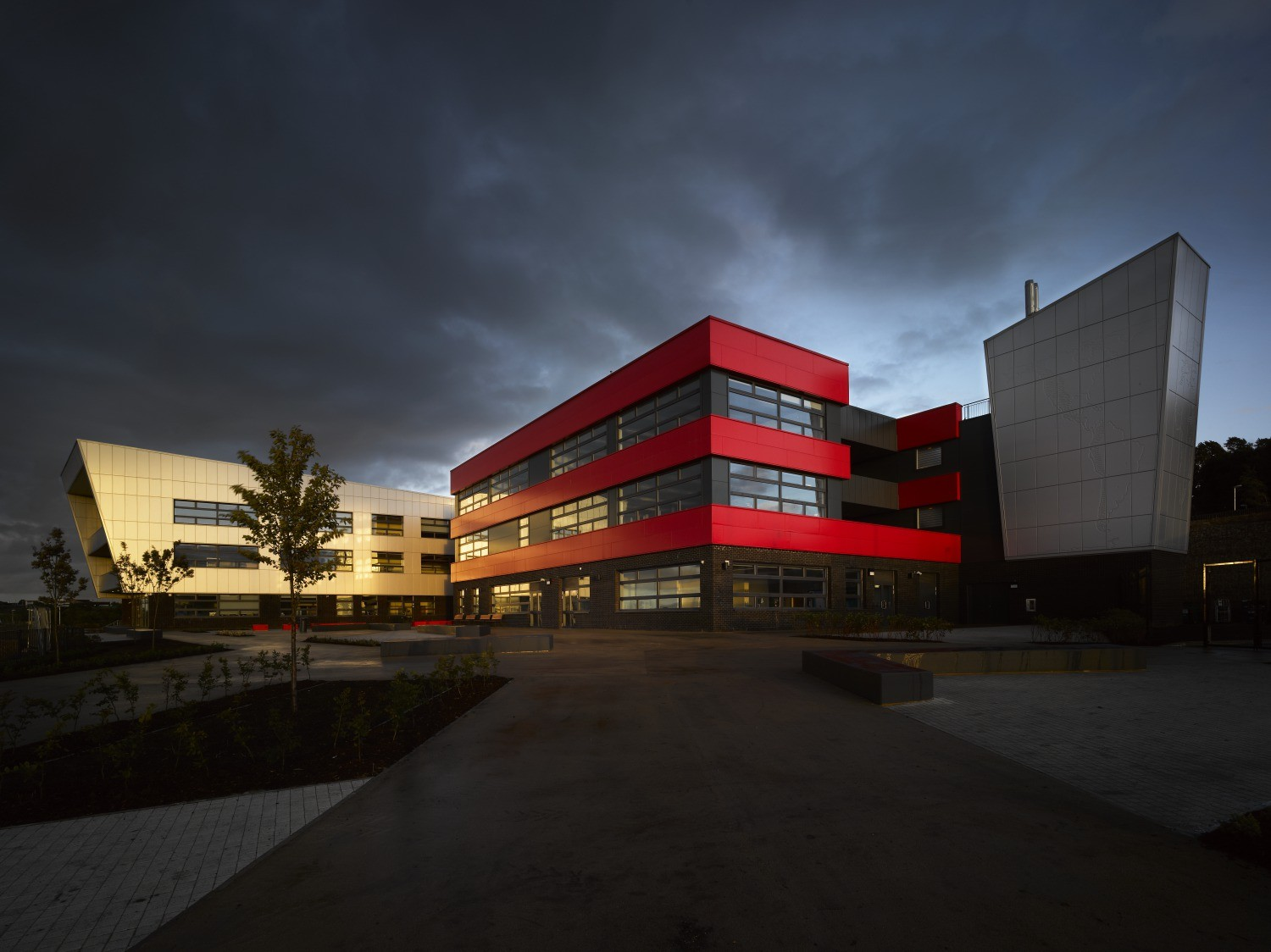 Blackburn Central High School / Nicholas Hare Architects, © Andy Haslam