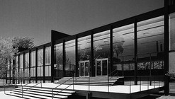 Video: 75 Years of Mies van der Rohe and His Chicago School